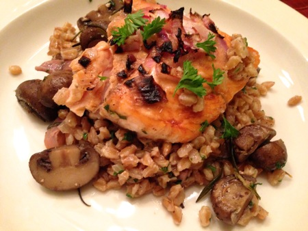 Broiled salmon with mushrooms and Farro TBTAM