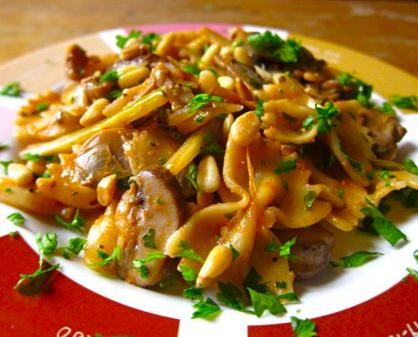 Farfalle with Fennel & Mushrooms